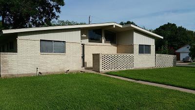 Pasadena Single Family Home For Sale: 2507 Raspberry Lane