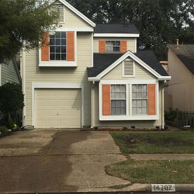 Single Family Home For Sale: 14702 Briton Cove Drive