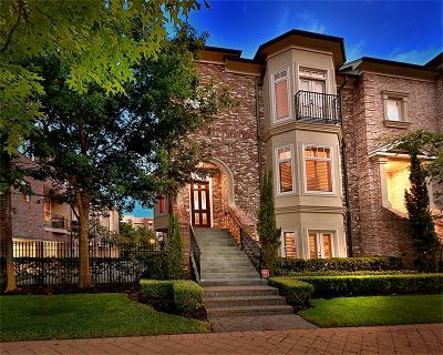 The Woodlands Condo/Townhouse For Sale: 10 Waterway Court