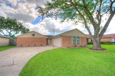 La Porte Single Family Home For Sale: 3527 Roseberry Drive