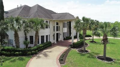 Richmond Single Family Home For Sale: 2427 Texana Way