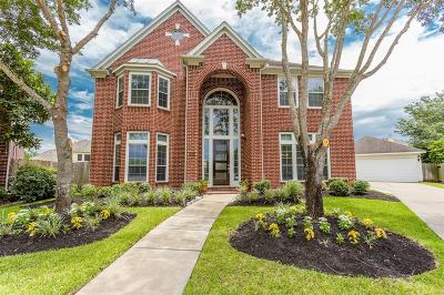 Sugar Land Single Family Home For Sale: 5815 River Crossing