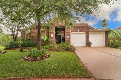 Kemah TX Single Family Home For Sale: $299,000
