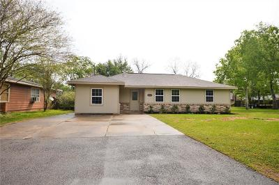 Pearland Single Family Home For Sale: 2023 N Galveston Avenue