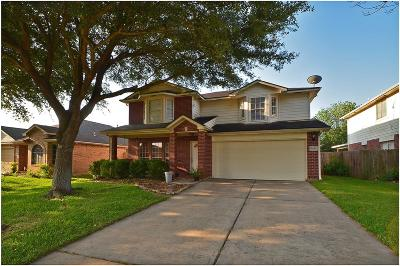 La Porte Single Family Home For Sale: 9210 Desirable Drive