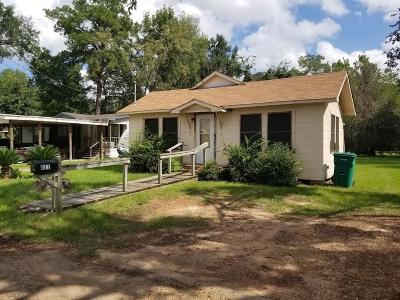Conroe Single Family Home For Sale: 811 S 2nd Street