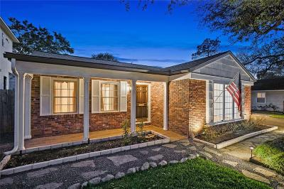 Houston Single Family Home For Sale: 5433 Schumacher Lane
