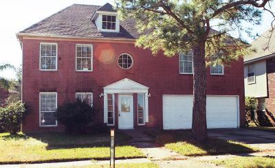 Pasadena Single Family Home For Sale: 6918 Elmscott Drive