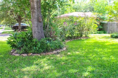 Single Family Home For Sale: 13919 Blazey Drive