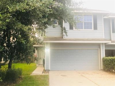 League City Single Family Home For Sale: 447 Folk Crest Lane