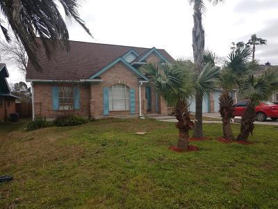 La Porte Single Family Home For Sale: 3811 Barracuda Lane