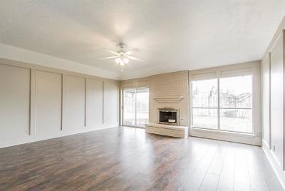 Houston TX Single Family Home For Sale: $168,000