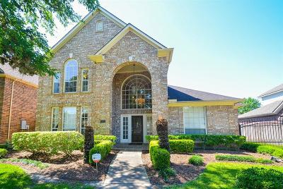 Sugar Land Single Family Home For Sale: 7302 Emerald Glen Drive