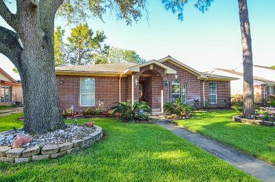 Fort Bend County Single Family Home For Sale: 12211 Meadowhollow Drive