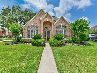 Single Family Home For Sale: 15903 Aberdeen Trails Drive