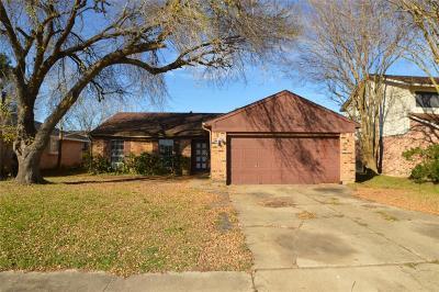 La Porte Single Family Home For Sale: 5414 Sugar Creek Drive