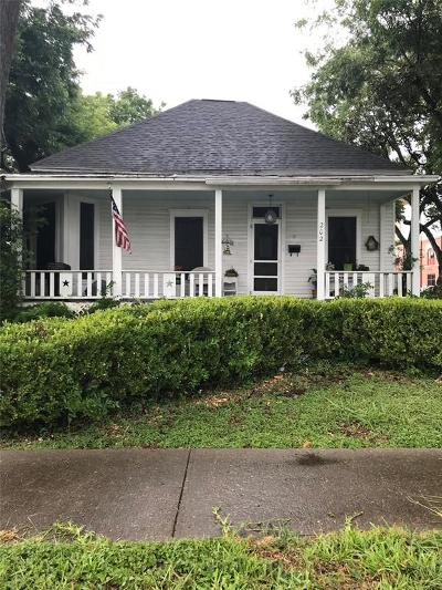 La Porte Single Family Home For Sale: 202 S 2nd Street