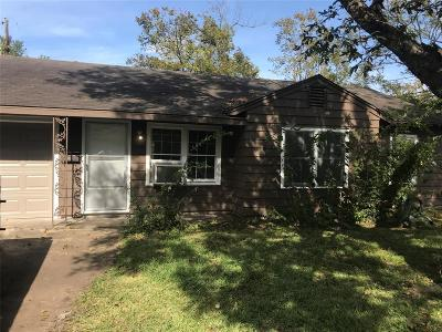 Houston Single Family Home For Sale: 153 Anabel Lane Lane