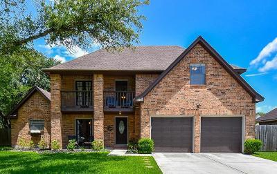 Friendswood Single Family Home For Sale: 1801 Coronado Street
