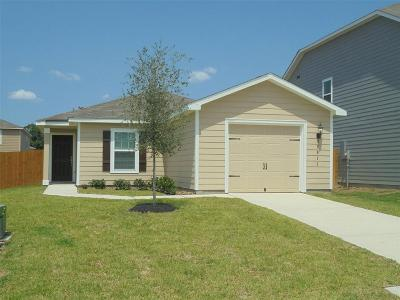 Magnolia Single Family Home For Sale: 27022 Poets Drive