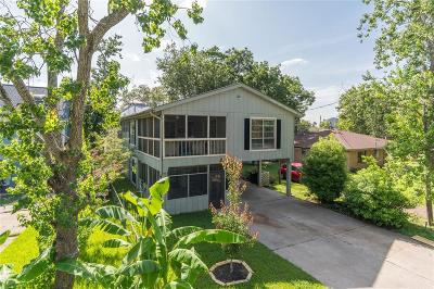 Clear Lake Shores Single Family Home For Sale: 214 Oak Road