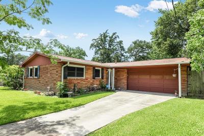 Hitchcock Single Family Home For Sale: 113 N Bayou Drive