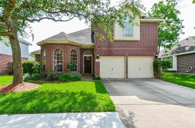 Pearland Single Family Home For Sale: 1022 Portsmouth Drive