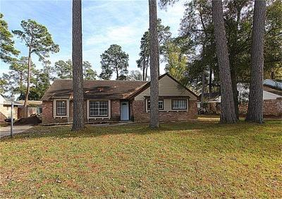 Shenandoah Single Family Home For Sale: 28910 Enchanted Drive