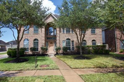 Fort Bend County Single Family Home For Sale: 7323 Sunset Bend Lane