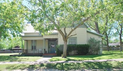 Lavaca County Single Family Home For Sale: 304 S Pecan