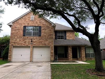Single Family Home For Sale: 1439 Basswood Springs