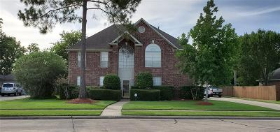 Friendswood Single Family Home For Sale: 506 Windsor Drive
