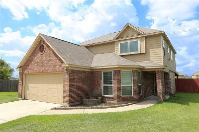 Single Family Home For Sale: 12054 Green Bluff Court