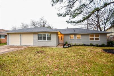 Houston Single Family Home For Sale: 5226 Saxon Drive