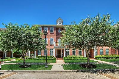 The Woodlands Condo/Townhouse For Sale: 35 Islewood Boulevard