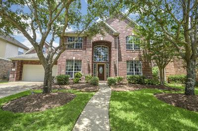 Missouri City Single Family Home For Sale: 5023 Windshire