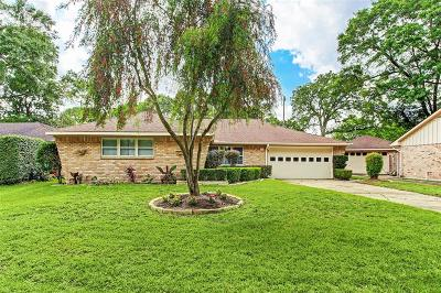 Timbergrove Manor Single Family Home For Sale: 1323 Foxwood Road
