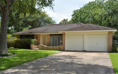 Single Family Home For Sale: 15910 Buccaneer Lane