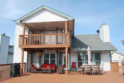 Tiki Island Single Family Home For Sale: 310 Admiral Circle