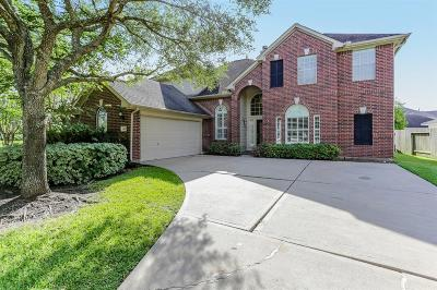 Sugar Land Single Family Home For Sale: 1403 Sunclair Park Lane