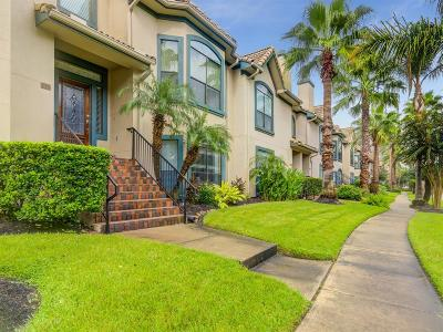 Kemah Condo/Townhouse For Sale: 509 Mariners Drive