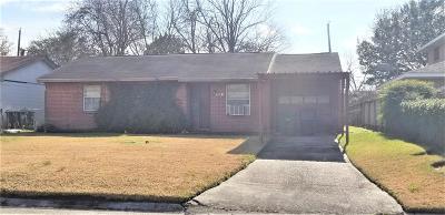 Houston TX Single Family Home For Sale: $41,996