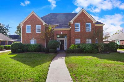 Sugar Land Single Family Home For Sale: 4215 Amersham Way