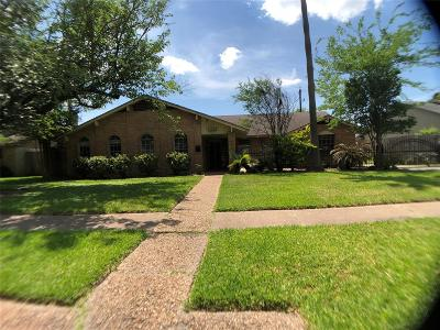 Houston Single Family Home For Sale: 386 Connaught Way