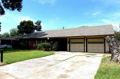Houston Single Family Home For Sale: 8530 Glen Valley Drive