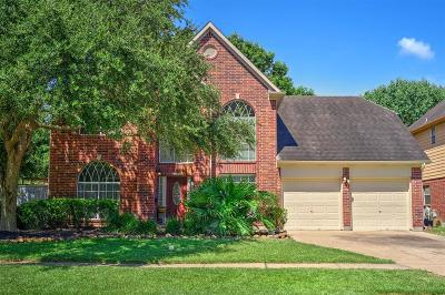 League City Single Family Home For Sale: 1300 Hunter Wood Drive