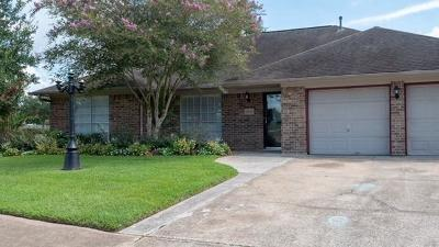 Pasadena Single Family Home For Sale: 4618 Iroquois Drive