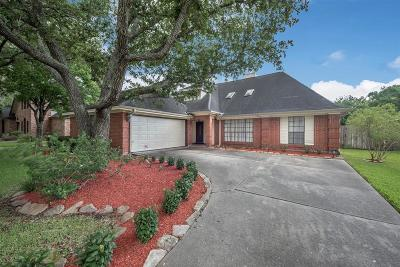 Pearland Single Family Home For Sale: 2439 Arrowsmith Court