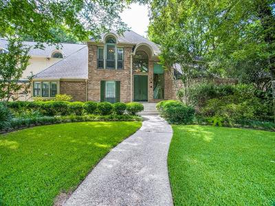 Spring Single Family Home For Sale: 9406 Fenchurch Drive