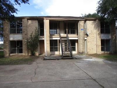 Sealy Multi Family Home For Sale: 1013 Gunnison Street